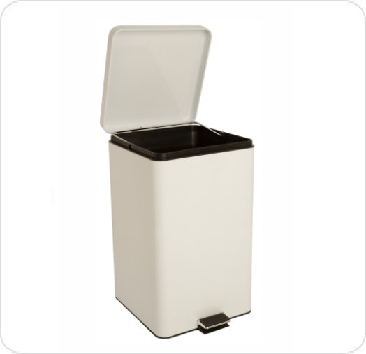 Can Garbage Step-On 32 Quart Capacity Steel  White
